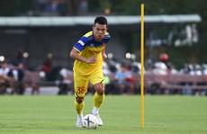 Hoàng Thịnh muốn đối đầu với 'Messi Thái'