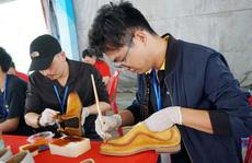Quận 4 mở hội thi thợ giỏi ngành da giày