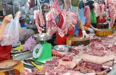 Giá thịt heo 'đẩy' CPI tháng 11 tăng kỷ lục trong 9 năm