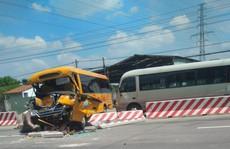 Khó tin: Chiếc xe khách 2 lần gặp nạn lớn trên Quốc lộ 13
