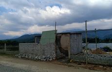 Hàng loạt căn 'nhà ma' xây dựng trái phép để đón đầu dự án 643 tỉ đồng