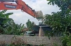 Đà Nẵng: Cưỡng chế tháo dỡ hàng loạt 'nhà ma' trái phép chờ đền bù