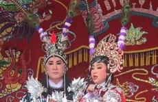 NSƯT Kim Tử Long tất bật mùa hát chầu tuồng cổ
