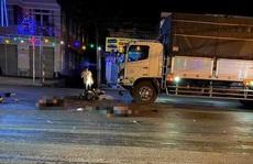 Tông trực diện vào xe tải, 2 thanh niên đi xe máy tử vong tại chỗ