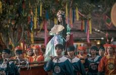 Hoàng Thuỳ Linh lại gây 'sốt'