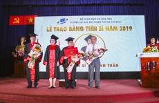 Trường ĐH Mở TP HCM trao 232 bằng tiến sĩ, thạc sĩ