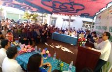 Thầy thuốc, doanh nhân trẻ TP HCM đến với Sư đoàn 302 và dân nghèo vùng núi