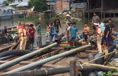 Bắt 20 tàu khai thác cát lậu trên sông Tiền