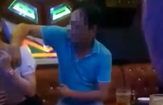 Cán bộ Huyện ủy Ea Súp nói gì về clip sờ ngực nữ tiếp viên quán karaoke?