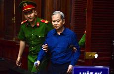 Gia đình các bị cáo trong vụ án giao đất 'vàng' số 15 Thi Sách nộp tiền khắc phục