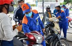 Mở cửa thị trường xăng dầu đến đâu?
