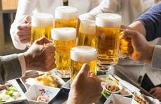 Ép người khác uống rượu, bia sẽ bị phạt?