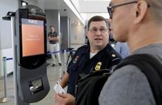 Phải qua scan khuôn mặt khi ra vào mọi sân bay Mỹ