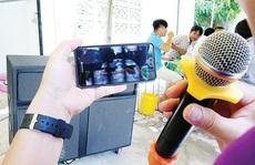 Hát karaoke 'tra tấn' hàng xóm: Đừng để 'chết lãnh nhách'!