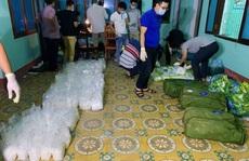 Truy bắt 2 nghi phạm vận chuyển gần 250kg ma túy bỏ trốn vào rừng