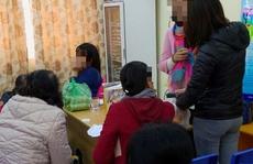 """Phụ nữ quê Hà Nội """"bí mật"""" khám cho 35 bệnh nhân tiểu đường ở Cà Mau"""
