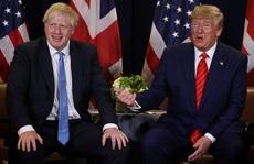 Vì sao Thủ tướng Anh tránh chụp hình chung với ông Donald Trump?