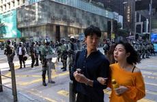 Biểu tình kéo dài, Hồng Kông vẫn lạc quan về kinh tế
