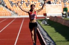 Nhà vô địch Thu Trang: Vừa chạy xe ôm, vừa săn vàng