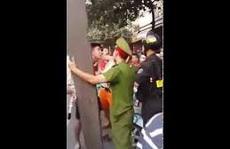 Bị nghi 'ghẹo' vợ đồng nghiệp, thiếu tá công an ra tay đánh người