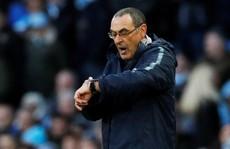 Chelsea thua tan tác, HLV Sarri có 7 ngày 'cứu ghế'