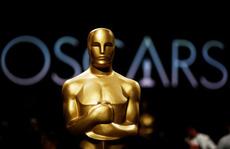 """Ban tổ chức giải Oscar nhượng bộ sau khi bị """"ném đá"""""""