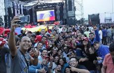 Hàng cứu trợ gây căng thẳng tại Venezuela