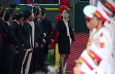 Đến ga Đồng Đăng, em gái ông Kim Jong-un xuống tàu đầu tiên