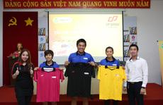 Trọng tài bóng đá TP HCM được tài trợ trang phục mới