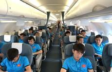 'Bật mí' những chuyến bay 'như chuyên cơ' đưa tuyển Việt Nam du đấu