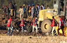Tìm thấy 2 hộp đen, máy bay Ethiopia đổi hướng gấp trước khi rơi?