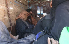 Syria: 3.000 tay súng IS tại thành trì cuối cùng lũ lượt ra hàng