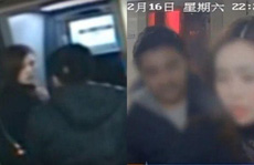 Tên cướp có 'lòng tốt', trả lại tiền cho người vừa rút thẻ ATM