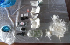 Tội phạm Anh dùng... chuột chết để buôn lậu ma túy vào nhà  tù