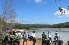 Thấy xe đạp điện và cặp sách, tìm kiếm phát hiện thi thể nữ sinh lớp 12 dưới đập nước