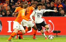 Đức chặn đứng 'lốc da cam', á quân World Cup lại gục ngã