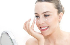 6 bước trang điểm mắt đơn giản giúp phái đẹp 'ăn gian' tuổi