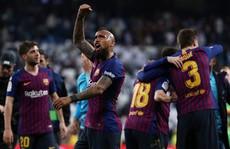 Real Madrid nhận hat-trick thất bại 'siêu kinh điển', Barcelona bay cao ở Bernabeu