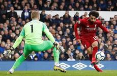 Liverpool mất thắng vì Salah, Chelsea hồi sinh với 'phản đồ' Kepa