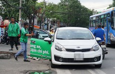 Kết nối chở khách qua ứng dụng là taxi