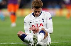 Tiền vệ Tottenham bị trộm đánh đổ máu, cướp tài sản đắt giá