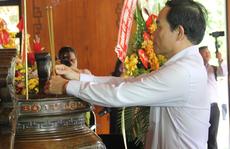 Lãnh đạo TP HCM dâng hoa, dâng hương tại Khu di tích Kim Liên