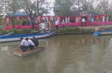 Clip: Độc đáo đi ăn cưới ở vùng sông nước miền Tây