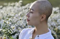 Thêm một người mẫu qua đời vì ung thư