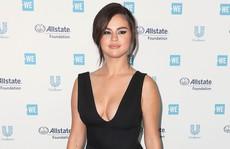 Selena Gomez tái xuất sau 10 tháng điều trị Lupus ban đỏ