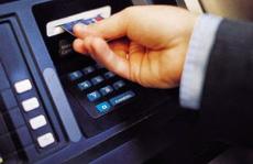 TP HCM: Ngân hàng gửi nhầm 5 tỉ đồng, nam thanh niên vô tư rút xài