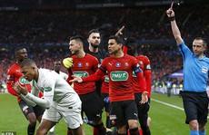 Neymar tái xuất, Mbappe nhận thẻ đỏ, PSG mất cúp