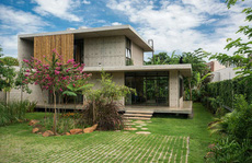 Ngôi nhà 2 tầng làm bằng bê tông đúc sẵn