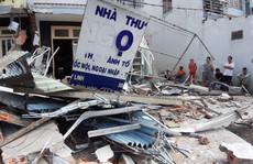 TP HCM: Cận cảnh 3 căn nhà đổ nát khi xe container lao tự do vào