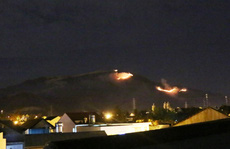 Khánh Hòa: Cháy diện rộng trên núi Chín Khúc